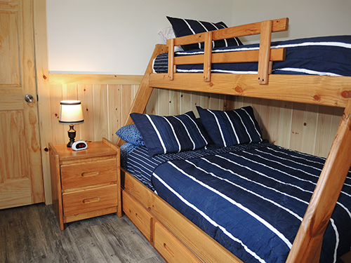 Double Play Cabins bedroom