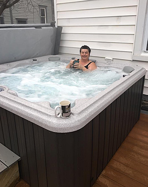 96 Spruce hot tub on rear deck