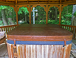 Adventure Woodlands hot tub