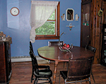 Bear's Den dining room