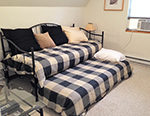 Briarwood trundle bed